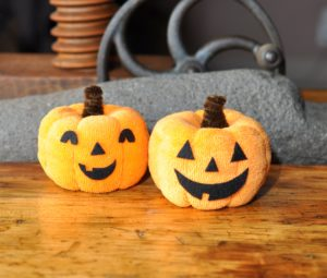 Washcloth Pumpkin Jack-o-Lantern